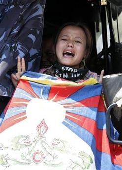 2008_03_25t072328_324x450_us_china_tibet.jpg